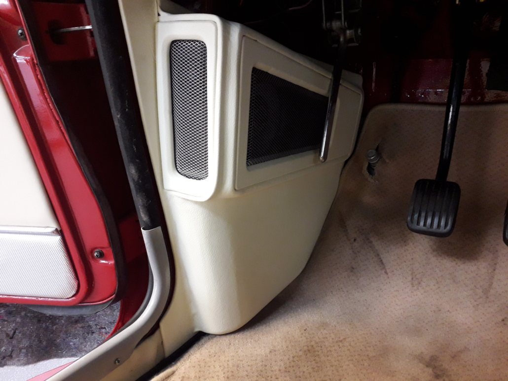 Volvo P1800 Lautsprecher